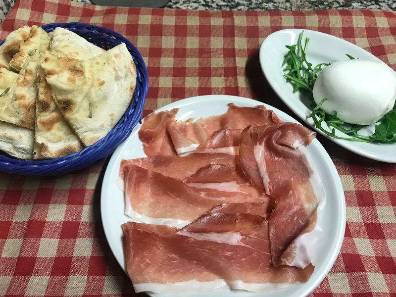 Trattoria sapori di casa cucina tipica romana roma for Antipasti cucina romana
